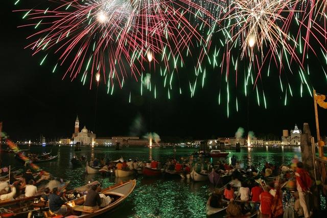 fiesta-il-rendereto-en-venecia