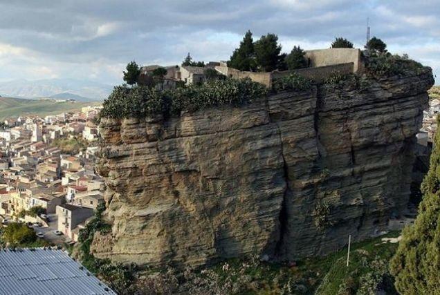 pueblo-de-don-corleone-sicilia1