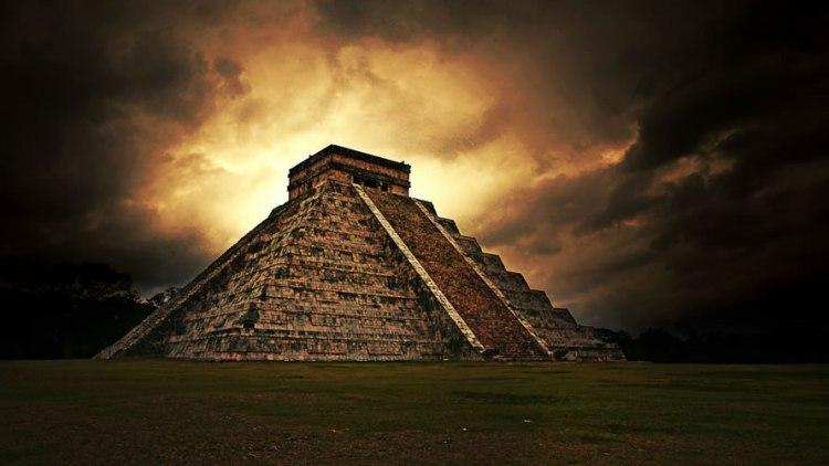 chichen-itza-en-riviera-maya-mexico