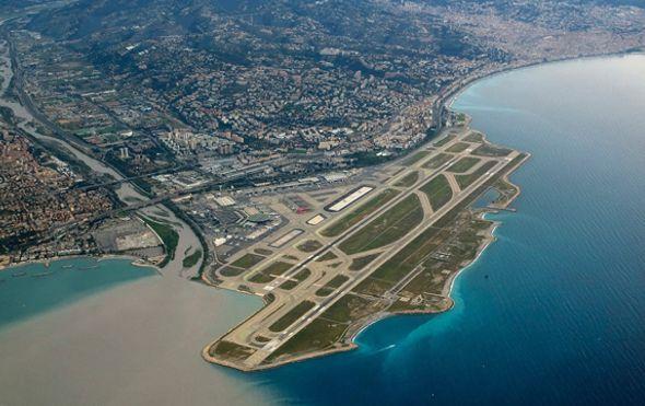las-10-pistas-de-aterrizaje-mas-espectaculares-del-mundo1