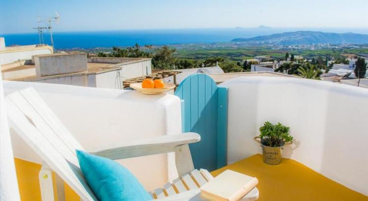 santorini-pyrgos-hotels-calliope-house-12