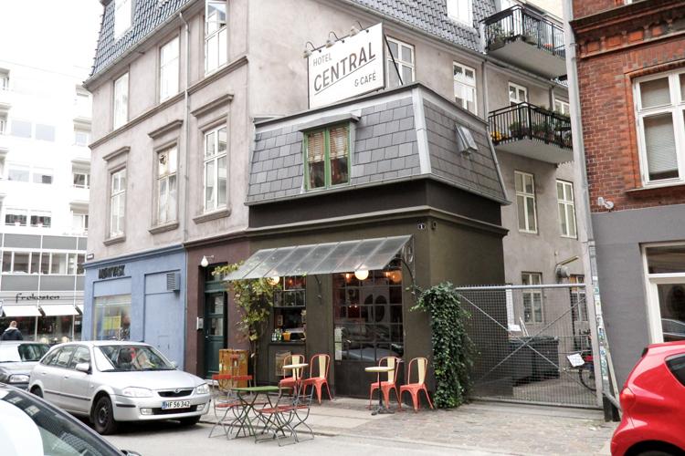 future-positive-copenhagen-central-hotel-1