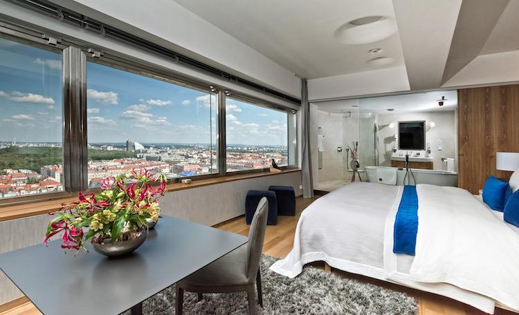 tower-park-praha-one-room-hotel-3
