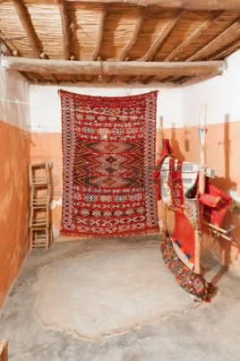 33484192-alfombras-bereberes-tradicionales-en-marruecos-frica