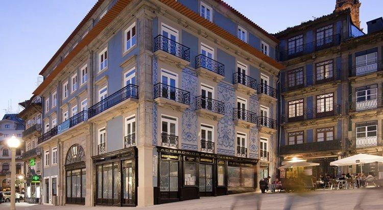 porto_a-s-_1829_hotel1_17244758885627f5bc5d1ed_1