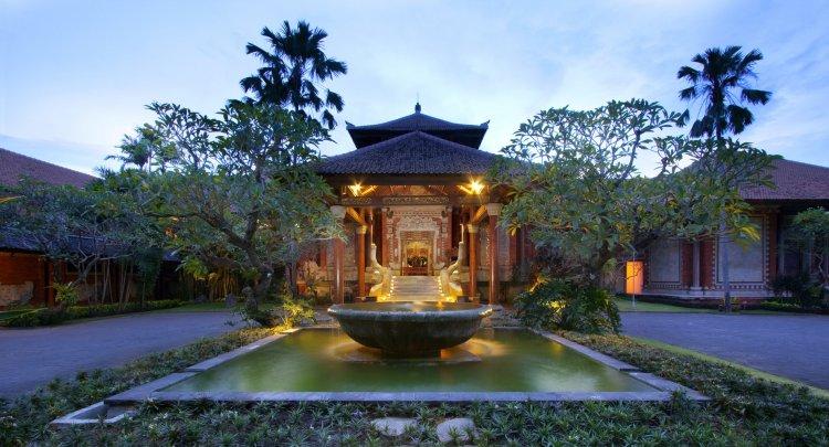 keraton-jimbaran-entrance