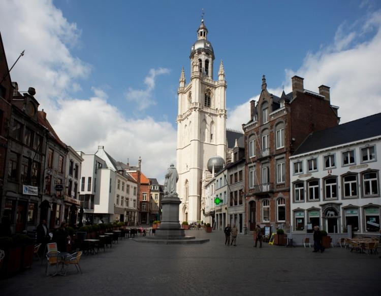 Grote Markt en Sint-Martinusbasiliek