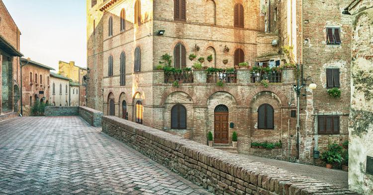5-star-luxury20hotel-in-tuscany-castellodelnero-certaldo-72f282410fb785445919c2e0583d0f83