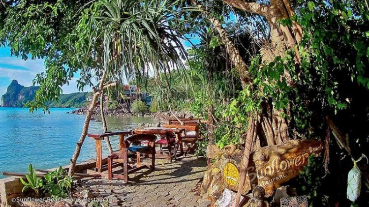sunflower-beach-bar-restaurant