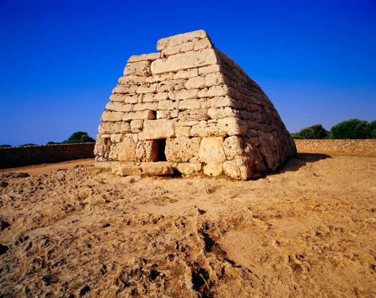 ruinas_y_tesoros_arquitectonicos_de_espana_722985310_1000x794
