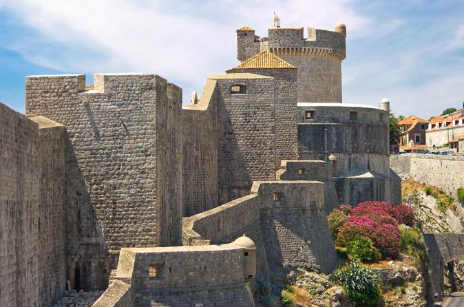 recorrido-hist-rico-a-pie-por-las-antiguas-murallas-de-dubrovnik-in-dubrovnik-114902