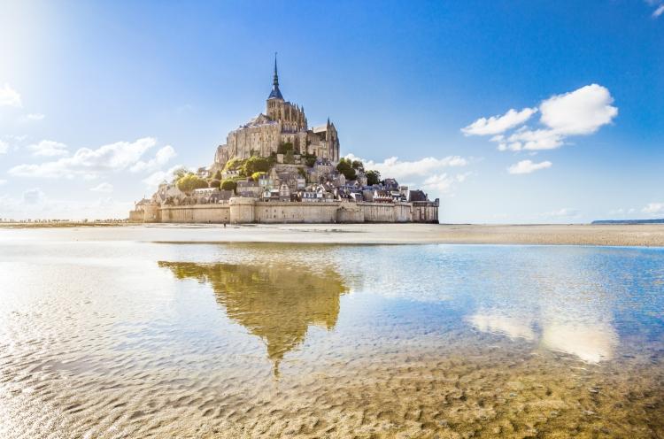 france-normandy-mont-saint-michel-492943036